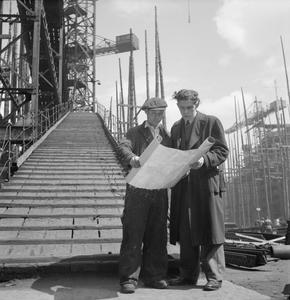 GLASGOW SHIPYARD: SHIPBUILDING IN WARTIME, GLASGOW, LANARKSHIRE, SCOTLAND, UK, 1944