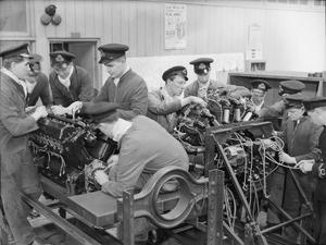 THE ROYAL NAVAL ENGINEERING COLLEGE, KEYHAM. 1941, THE COLLEGE TRAINS OFFICERS FOR THE ENGINEERING BRANCH OF THE ROYAL NAVY IN ALL ITS VITAL APPLICATIONS.