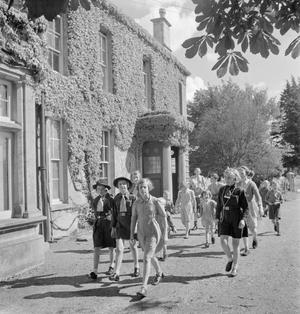 LOCAL GOVERNMENT IN A COUNTRY TOWN: EVERYDAY LIFE IN WOTTON-UNDER-EDGE, GLOUCESTERSHIRE, ENGLAND, UK, 1944