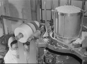 A SUBSTITUTE FOR QUININE: THE PRODUCTION OF MEPACRINE AT A FACTORY NEAR LEICESTER, ENGLAND, UK, 1945
