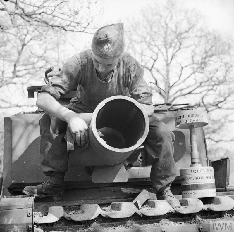 AVRE Spigot Mortar.used on D-Day Large_000000