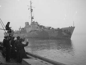 FIRST US WARSHIPS ESCORTING A CONVOY ARRIVE AT LONDONDERRY. 29 JANUARY TO 2 FEBRUARY 1942, AT LONDONDERRY, ULSTER, AMERICA'S PREMIER NAVAL BASE IN EUROPE.