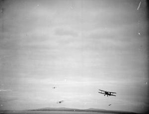 FLEET AIR ALBACORES PRACTICE TORPEDO ATTACK. MAY 1942, ON BOARD THE DESTROYER HMS WHEATLAND.