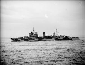 BRITISH AND US WARSHIPS CONVOY SUPPLIES TO RUSSIA. MAY 1942, ON BOARD THE DESTROYER HMS WHEATLAND IN NORTHERN WATERS.