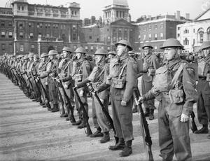MR CHURCHILL INSPECTS THE 58TH LONDON BATTALION (CIVIL SERVICE) HOME GUARD. SEPTEMBER 1942.