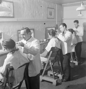 ITALIAN PRISONERS OF WAR IN BRITAIN: EVERYDAY LIFE AT AN ITALIAN POW CAMP, ENGLAND, UK, 1945