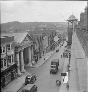 GUILDFORD: EVERYDAY LIFE IN WARTIME GUILDFORD, SURREY, ENGLAND, UK, 1945