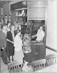FACTORY WELFARE: THE WORKS CANTEEN, UK, 1941