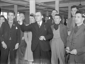 BILLY BUTLIN VISITS A MUNITIONS FACTORY, UK, 1941