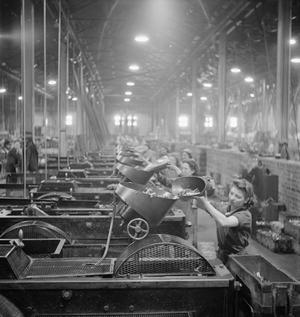 WAR INDUSTRY, UK, 1941
