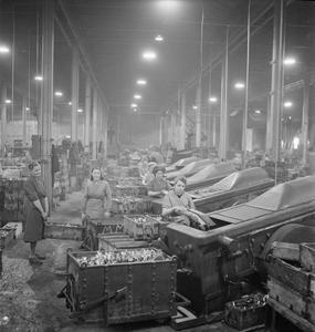 WAR INDUSTRY, UK, 1941