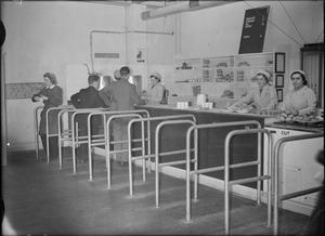 WORKERS' WELFARE AT A ROYAL ORDNANCE FACTORY, UK, 1942