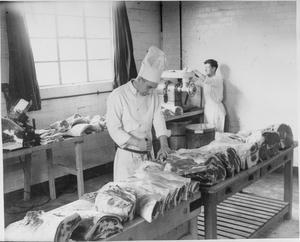 FACTORY CANTEEN KITCHENS, UK, 1942