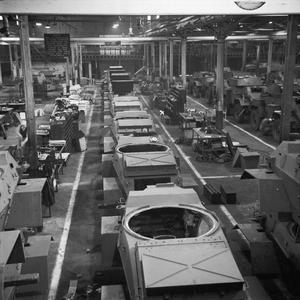 WAR INDUSTRY: THE PRODUCTION OF THE HUMBER ARMOURED CAR MARK IV, UK, 1943