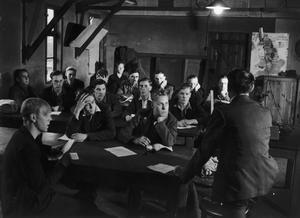 BEVIN BOYS: MINING TRAINING, CANTERBURY, KENT, ENGLAND, UK, 1944