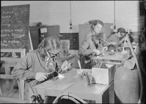 WAR INDUSTRY: 'MINISTRY OF LABOUR GIRLS' UNDERGO WELDING TRAINING, UK, 1942