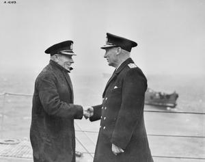 ADMIRAL SIR MAX HORTON, (ADMIRAL SUBMARINES), VISITS THE C-IN-C HOME FLEET. 28 SEPTEMBER 1942.