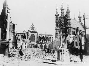 THE DESTRUCTION OF LOUVAIN, AUGUST 1914