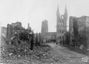 SCENES OF DESTRUCTION ON THE WESTERN FRONT 1914-1918