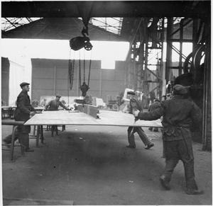 CECIL BEATON PHOTOGRAPHS: TYNESIDE SHIPYARDS, 1943