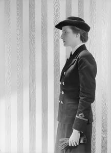 UNIFORMS OF THE WOMEN'S ROYAL NAVY SERVICE. NOVEMBER 1942, ADMIRALTY.