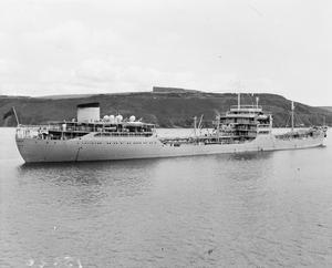 RFA BAYLEAF, BRITISH ROYAL FLEET AUXILIARY OILER. JULY 1959, DEVONPORT, PLYMOUTH SOUND.