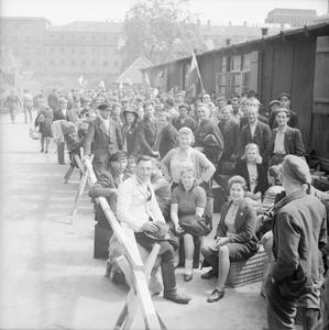 DISPLACED PERSONS AND REFUGEES IN GERMANY