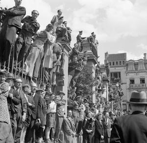 ALLIED VICTORY PARADE IN BRUSSELS