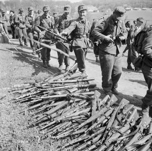 THE DISARMING OF GERMAN TROOPS CROSSING THE DANISH BORDER INTO GERMANY