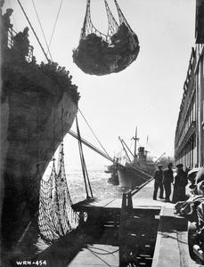 CANADIAN SUPPLIES FOR BRITAIN DURING THE SECOND WORLD WAR