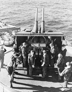 CANADIAN NAVAL FORCES DURING THE SECOND WORLD WAR