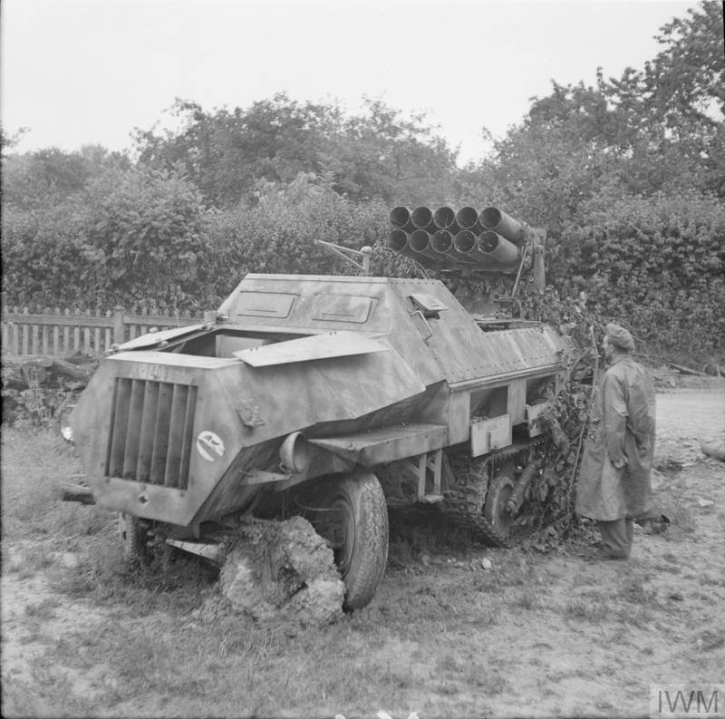 THE BRITISH ARMY IN NORMANDY 1944 (B 9593