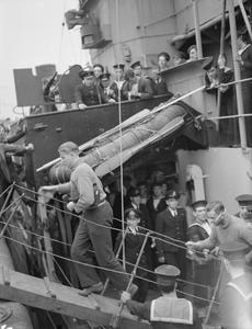 ANOTHER U-BOAT WILL NOT RETURN. 9 JUNE 1943, LIVERPOOL. U-BOAT PRISONERS FROM U202, CAPTURED BY HMS wild goose IN THE ATLANTIC, ARRIVE IN BRITAIN.