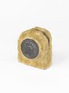 letter rack, stone
