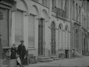 ANNALES DE LA GUERRE 86 [Main Title]