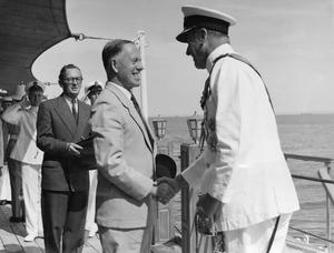ADMIRAL MOUNTBATTEN VISITS THE RED SEA. 1953, RED SEA AND MIDDLE EAST.