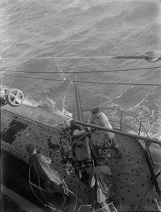 HM SUBMARINE SPITEFUL. NOVEMBER 1943, SCAPA FLOW.