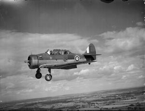 AMERICAN AIRCRAFT IN RAF SERVICE 1939-1945: NORTH AMERICAN NA-16 & NA-66 HARVARD.
