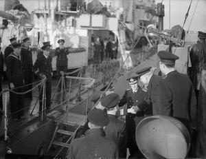 FIRST LORD OF THE ADMIRALTY VISITS HM SHIPS AND SUBMARINES IN THE CLYDE. 7 AND 8 FEBRUARY 1943, CLYDE AREA. MR A V ALEXANDER, THE FIRST LORD OF THE ADMIRALTY VISITING VARIOUS SHIPS IN THE CLYDE.