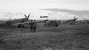 ROYAL AIR FORCE: ITALY, THE BALKANS AND SOUTH EAST EUROPE, 1942-1945.