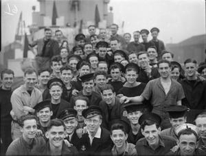 MEN OF THE FRIGATE HMS AYLMER. 17 FEBRUARY 1945, CLARENCE GRAVING DOCK, LIVERPOOL.