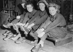WOMEN IN INDUSTRY DURING THE SECOND WORLD WAR