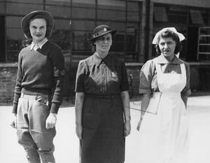WOMEN'S SERVICES DURING THE SECOND WORLD WAR