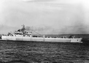 LST (3) 3010, BRITISH LANDING SHIP TANK. JANUARY 1945, AT SEA.