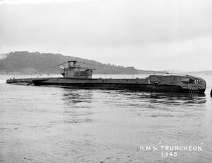 HMS/M TRUNCHEON, BRITISH TRITON CLASS SUBMARINE. MAY 1945, AT SEA.