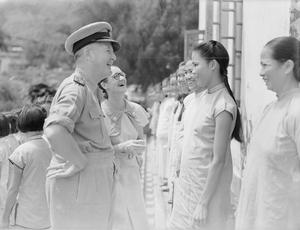 ADMIRAL VISITS HONG KONG ORPHANAGE. SEPTEMBER 1945, HONG KONG.