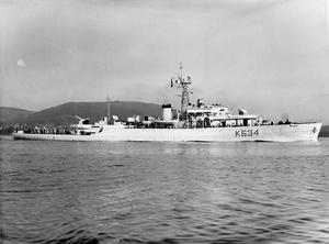 HMS ST AUSTELL BAY, BRITISH BAY CLASS FRIGATE. MAY AND JUNE 1945, AT SEA.