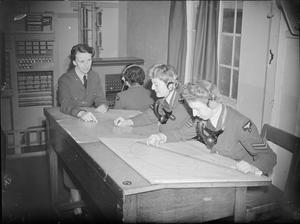 THE WOMEN'S AUXILIARY AIR FORCE, 1939-1945.