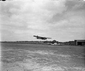 AMERICAN AIRCRAFT IN RAF SERVICE 1939-1945: WACO MODEL CG-4 HADRIAN.