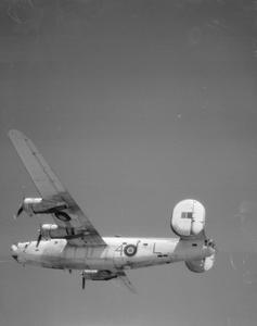 AMERICAN AIRCRAFT IN ROYAL AIR FORCE SERVICE 1939-1945: CONSOLIDATED MODEL 32 LIBERATOR.